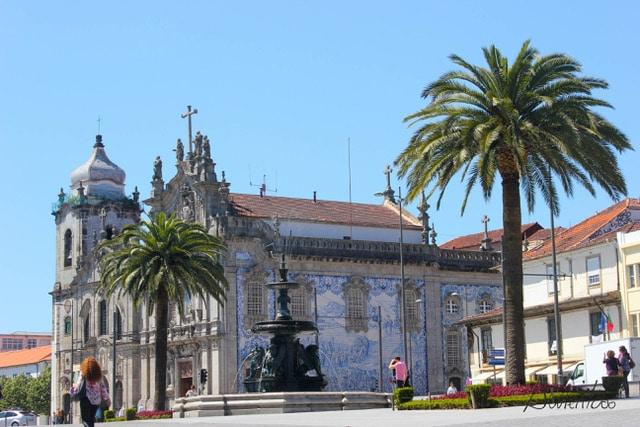 iglesia en Oporto con azulejos