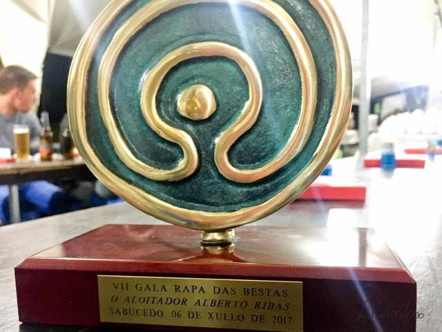 Premio a Alberto Ribas como aloitador de honor en Sabucedo