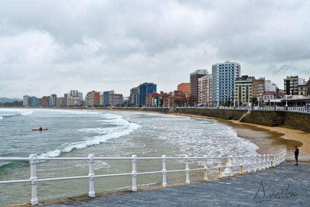 playa san lorenzo gijón