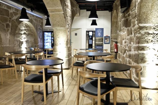 Bluesock hostel en Oporto desayuno