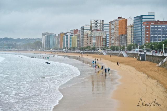 Playa de San Lorenzo- Gijón
