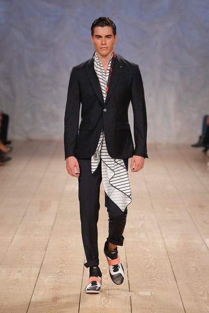 c54914451 Miguel vieira Portugal fashion week 2018