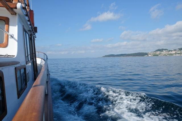 bahia de aldan empresa de turismo nautico