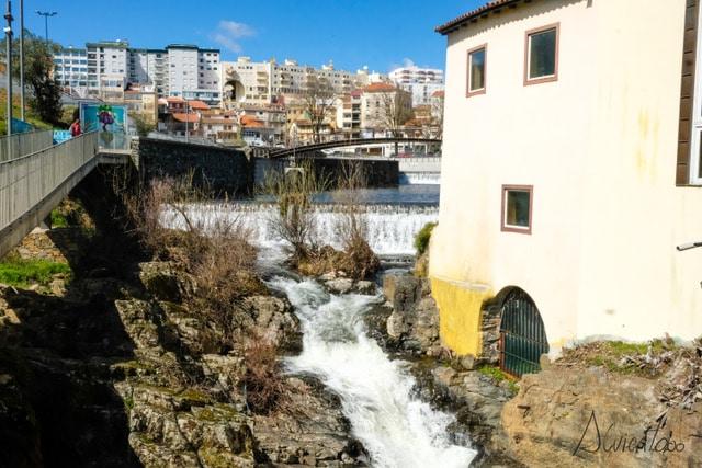 hacer senderismo en Bragança y pasear junto al rio
