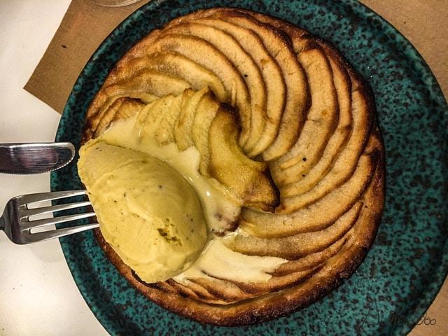tarta de manzana en el jaleo de a coruña