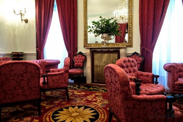 interior del palacio de capitania en ferrol