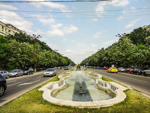 Viaje a Bucarest- boulevar unirii
