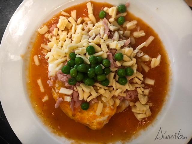 Huevos motuleños , comida típica yukateca