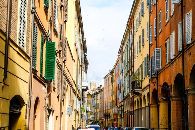 Modena. Que ver y que hacer en la ciudad de Ferrari, Pavarotti y del vinagre balsámico.