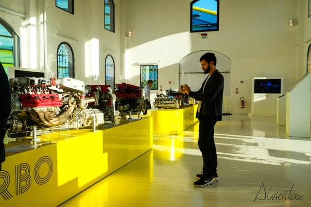 Museo Enzo Ferrari en Bolonia