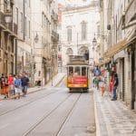 Descubre Lisboa mientras das un paseo.