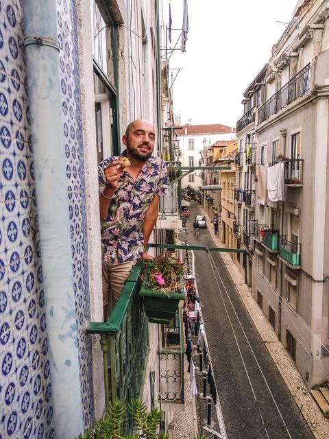 Bairro Alto en Lisboa.Descubre Lisboa mientras das un paseo.