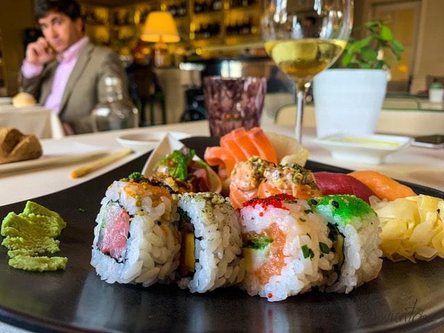 Comer sushi en Oporto