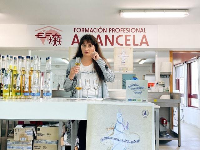 Sonia Otero -Aguardientes y Licores Tradicionales de Galicia