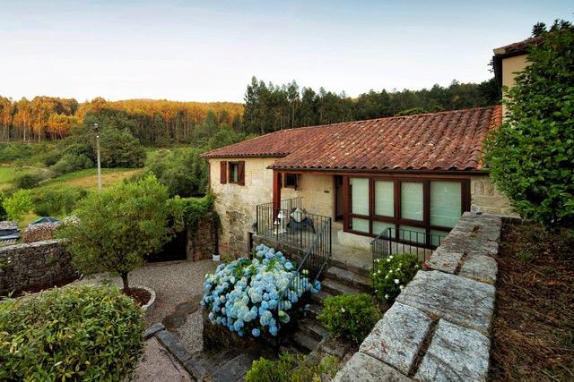 alquilar casa en Galicia con piscina