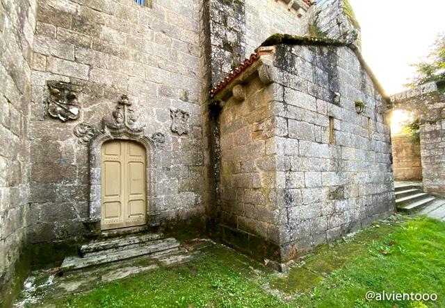 puerta santa en Fisterra